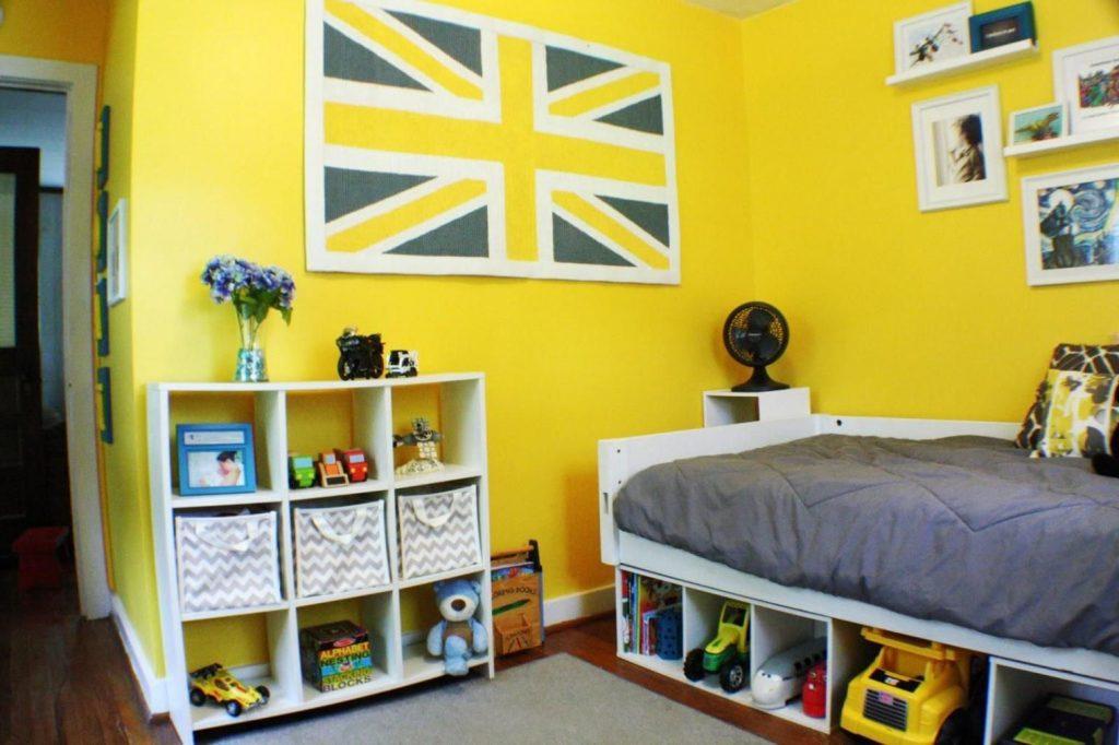 kamar tidur minimalis warna kuning